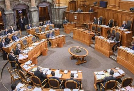 Kommission krebst beim Arbeitsgesetz zurück – ein bisschen …
